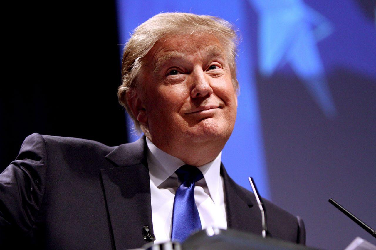 特朗普提主张:美国和欧盟同时取消所有关税